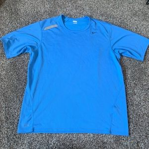 Men's Nike Shirt Great Condition Size X Large Blue